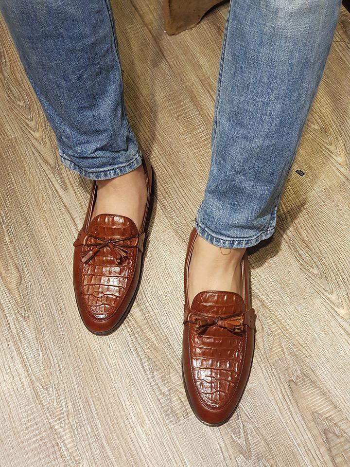 giày sơn tùng MTP