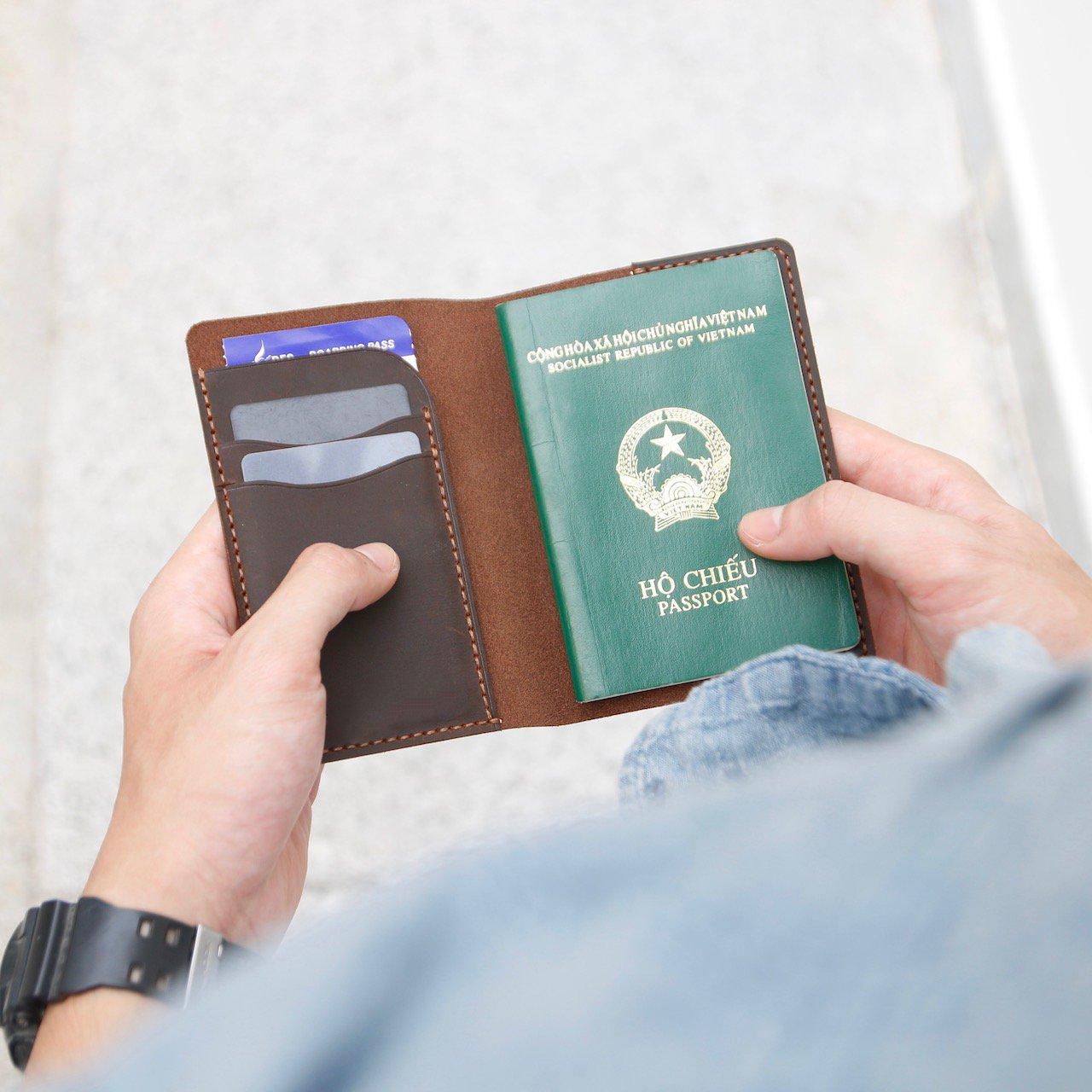 bao da đựng hộ chiếu handmade da bò sáp