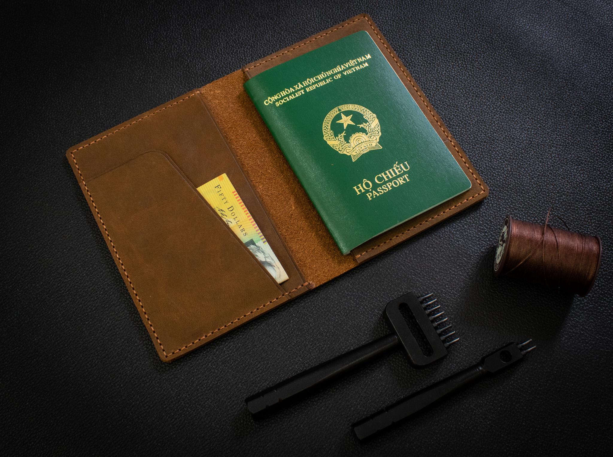 Bao Da Đựng Passport Khâu Tay Thủ Công HST2-1